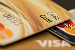 5 Signs you are misusing your credit card